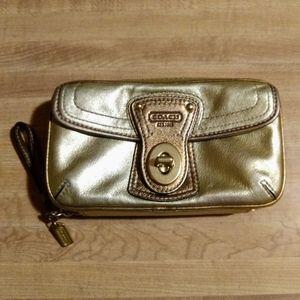 Coach Legacy Wallet Wristlet Metallic Gold